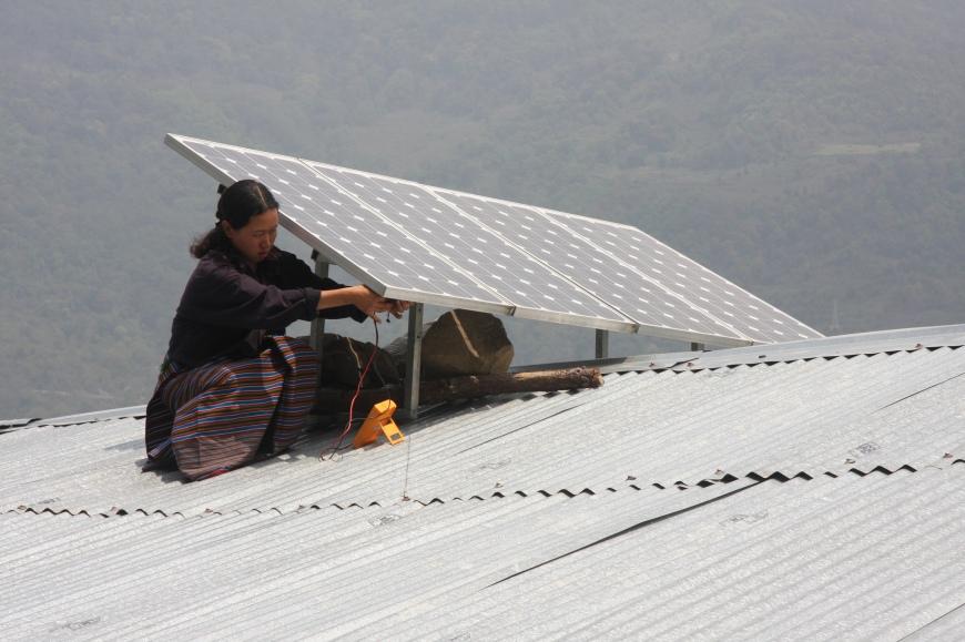 solar-power-bhutan-cc-asian-development-bank